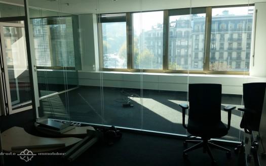 bureaux-centre-ville-geneve-open-space-cours-de-rive-interieur