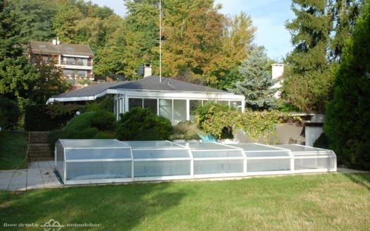 grande-villa-200m2-piscine-vue-lac-chambesy-exterieur