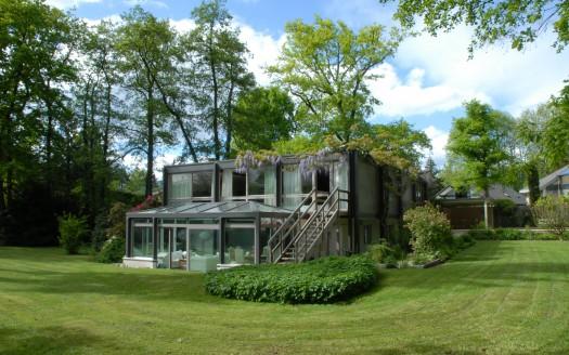 Grande villa moderne rénovée de 350 m2 avec piscine - Commugny