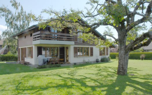 Villa individuelle de 4.5 pièces + cuisine à la Rippe