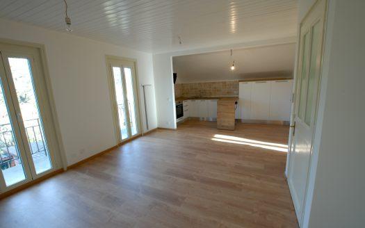 Duplex entièrement rénové de 4 pièces à Chambésy