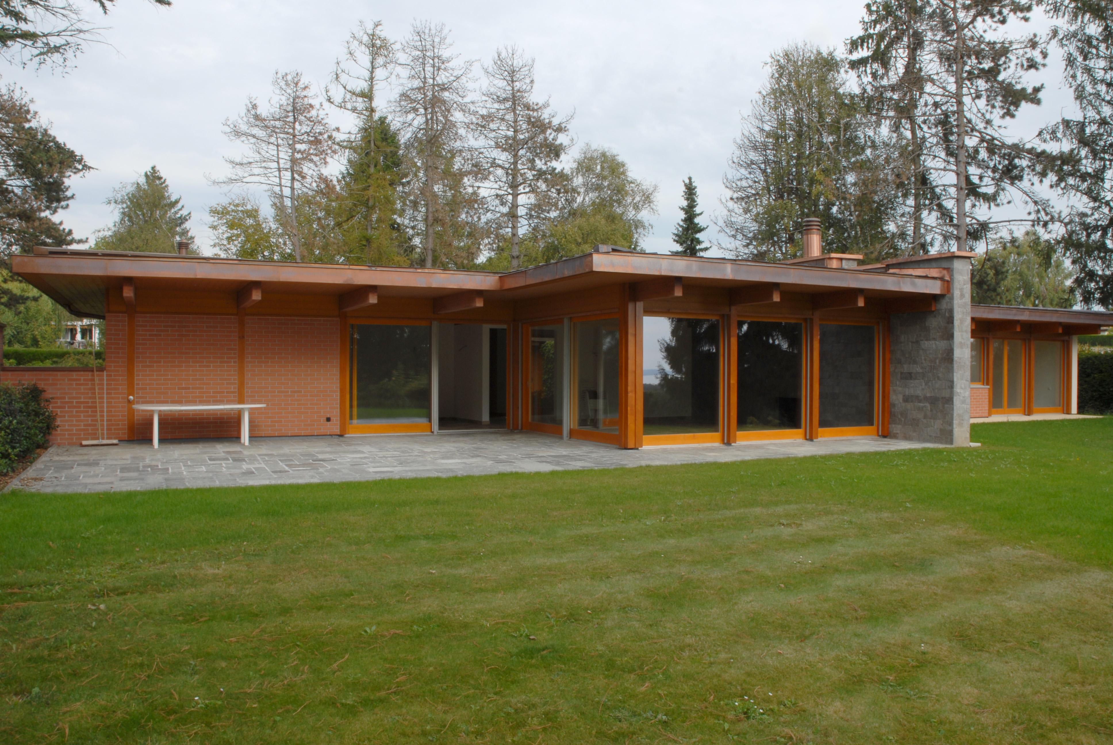 195sqm Bungalow Type Villa In Crans Près Céligny