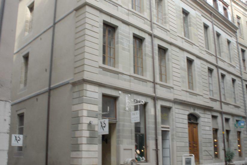 Beau studio au coeur de la Vieille-Ville de Genève