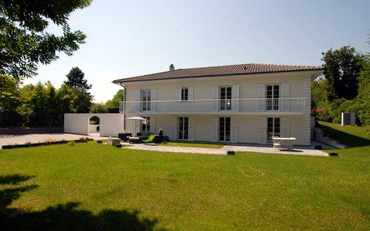 Belle villa individuelle à Mies
