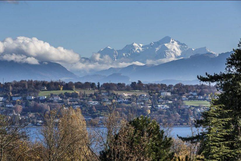 Propriété prestigieuse avec vue sur le lac