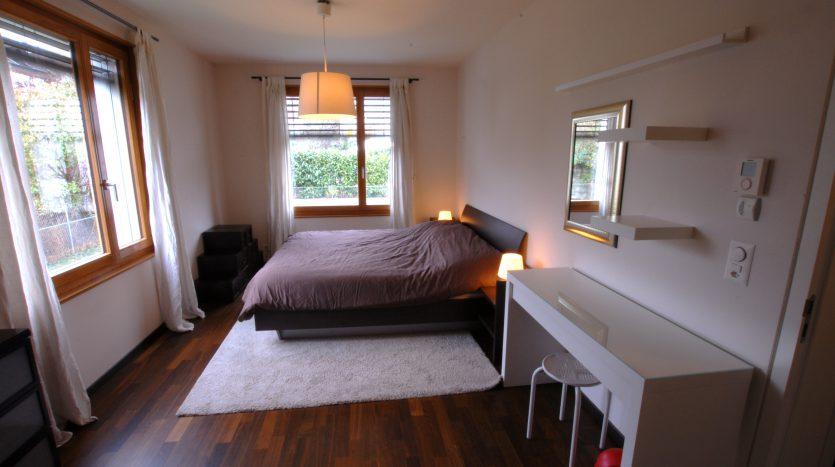 Grand duplex meublé de 5 pièces en attique au Grand-Saconnex
