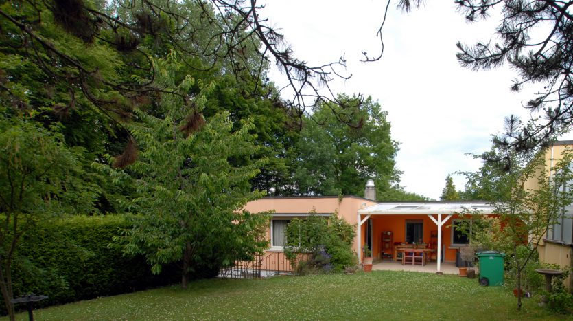 Villa jumelle d'env. 130m2 à Chambésy