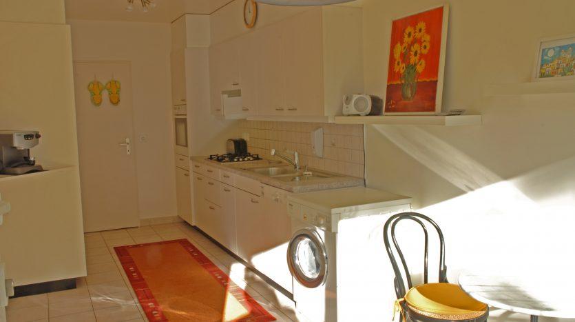 Beautiful furnished 110sqm ground-floor apartment in Petit-Saconnex