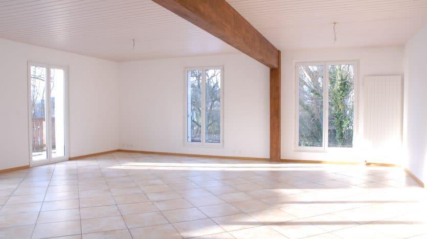 Grande villa de standing de 450m2 à Chambésy
