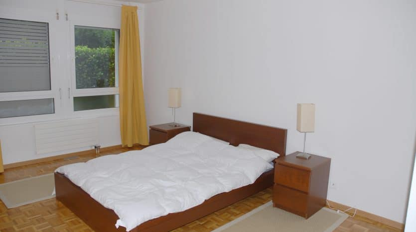 Bel appartement meublé au rez-de-jardin de 110m2