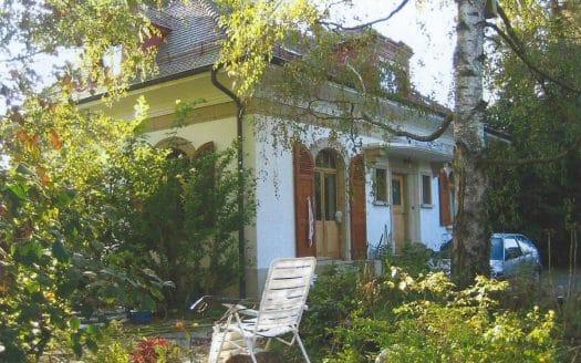 Ancienne villa sur grande parcelle de 3'420m2 à Versoix