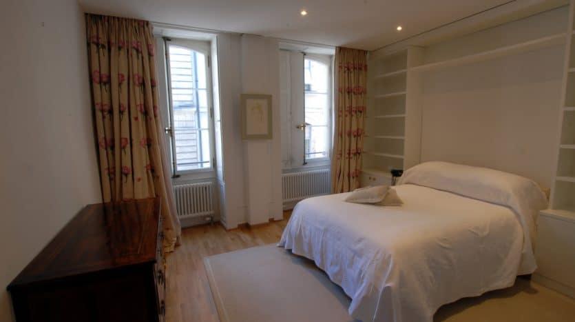 Unique ! Magnificent 4 rooms apartment of 167sqm in Geneva Old-Town