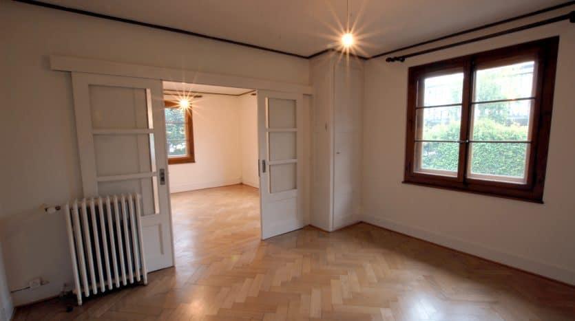 Villa jumelle rénovée de 5 pièces de 120m2 en ville de Genève