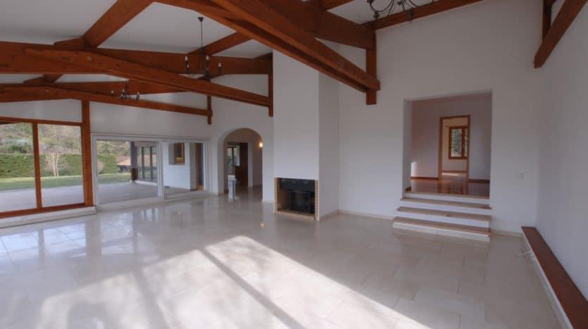 Grande villa lumineuse de 300m2 à Genthod