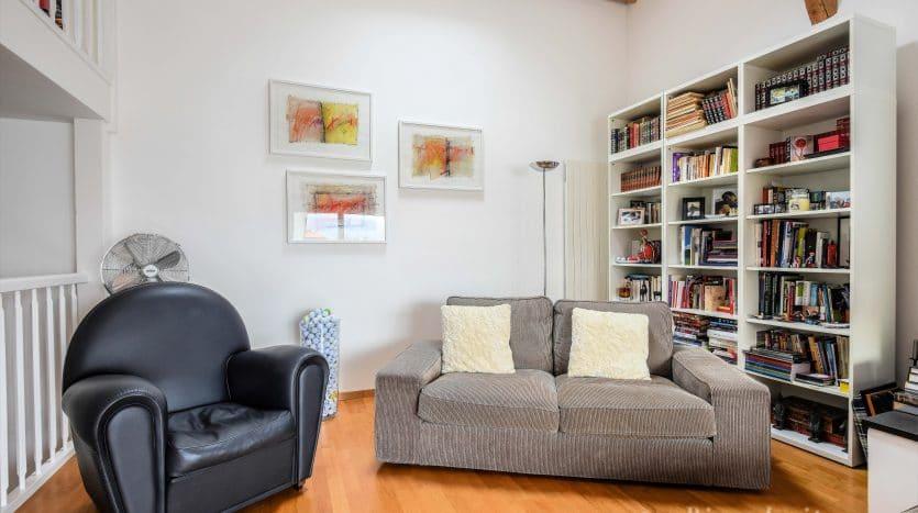 Au coeur du village! Superbe appartement de 6 pièces de 160m2 à Bogis-Bossey