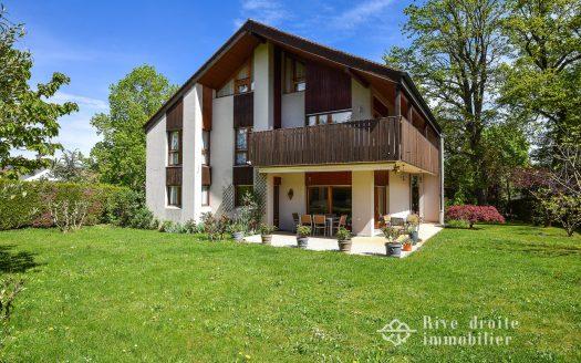 Villa individuelle de 7.5p d'env. 280m2 à Chambésy