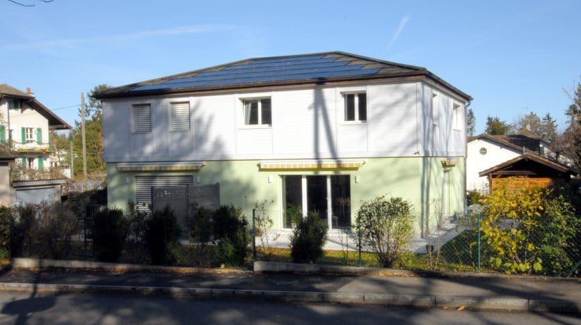 Villa jumelle récente d'env. 125m2 + sous-sol à Chambésy