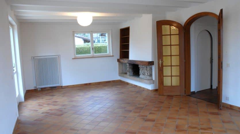Belle villa individuelle d'env. 250m2 à Chavannes-des-Bois