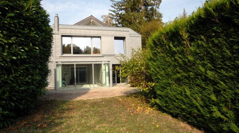 Villa individuelle de 250m2 avec piscine à Chêne-Bougeries