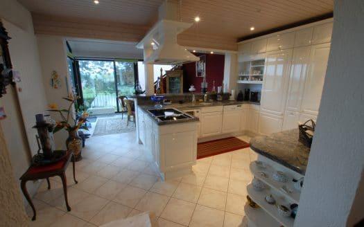 Grand triplex de 7 pièces + cuisine d'env. 165m2 à La Rippe (VD)