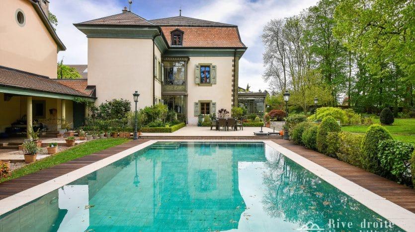 Magnifique demeure de 12 pièces d'env. 570m2 dans la campagne genevoise