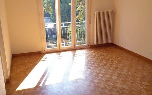 Appartement rénové d'env. 80m2 de 5 pièces à Versoix