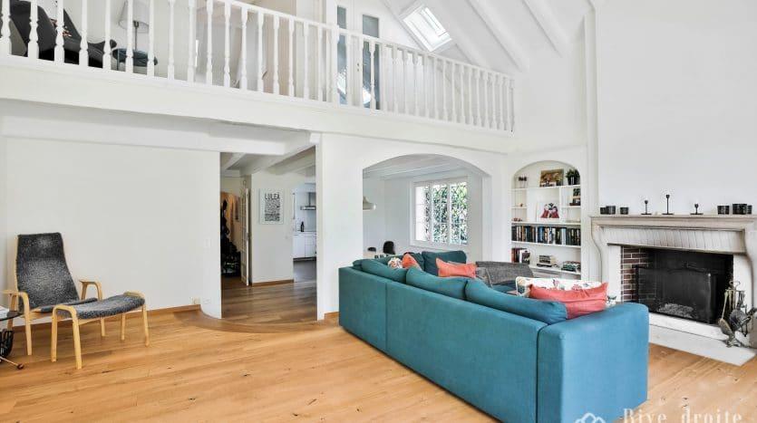 Charmante villa rénovée avec piscine d'env. 190m2 + sous-sol à Mies