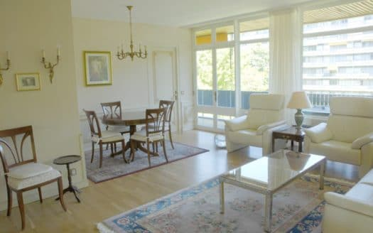 Bel appartement semi-meublé de 5.5 pièces d'env. 145m2 au Petit-Saconnex