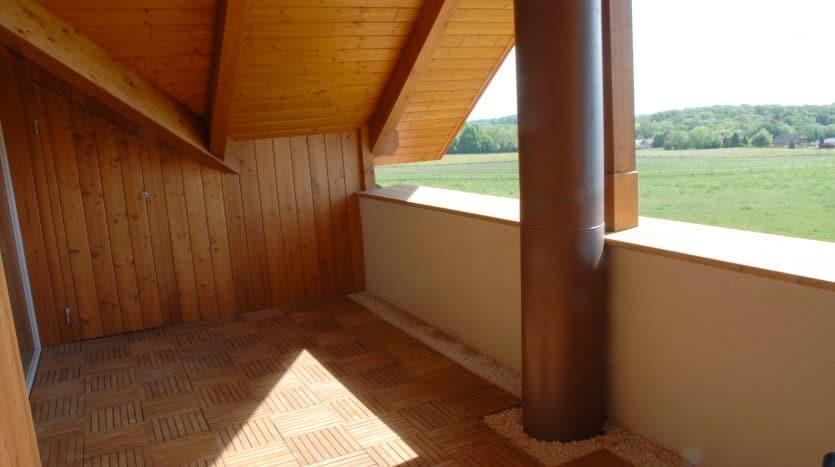 Belle villa contigüe de 225m2 avec jardin à la Rippe
