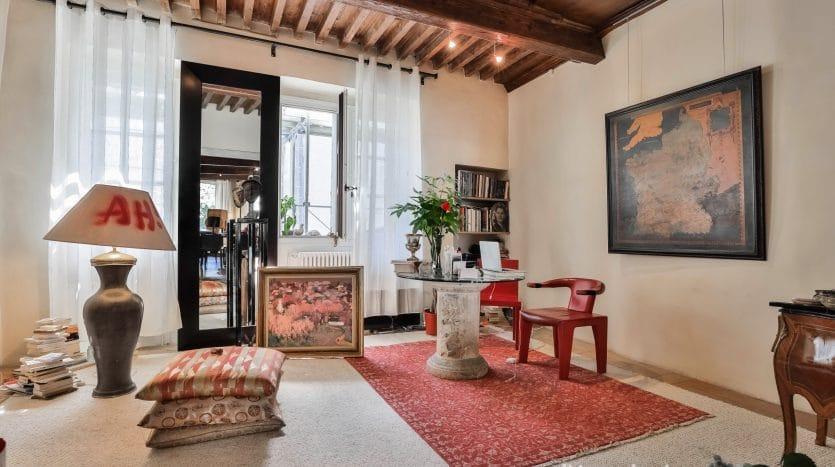 Unique! Superbe appartement de standing de 4 pièces d'env. 157m2 en Vieille-Ville de Genève